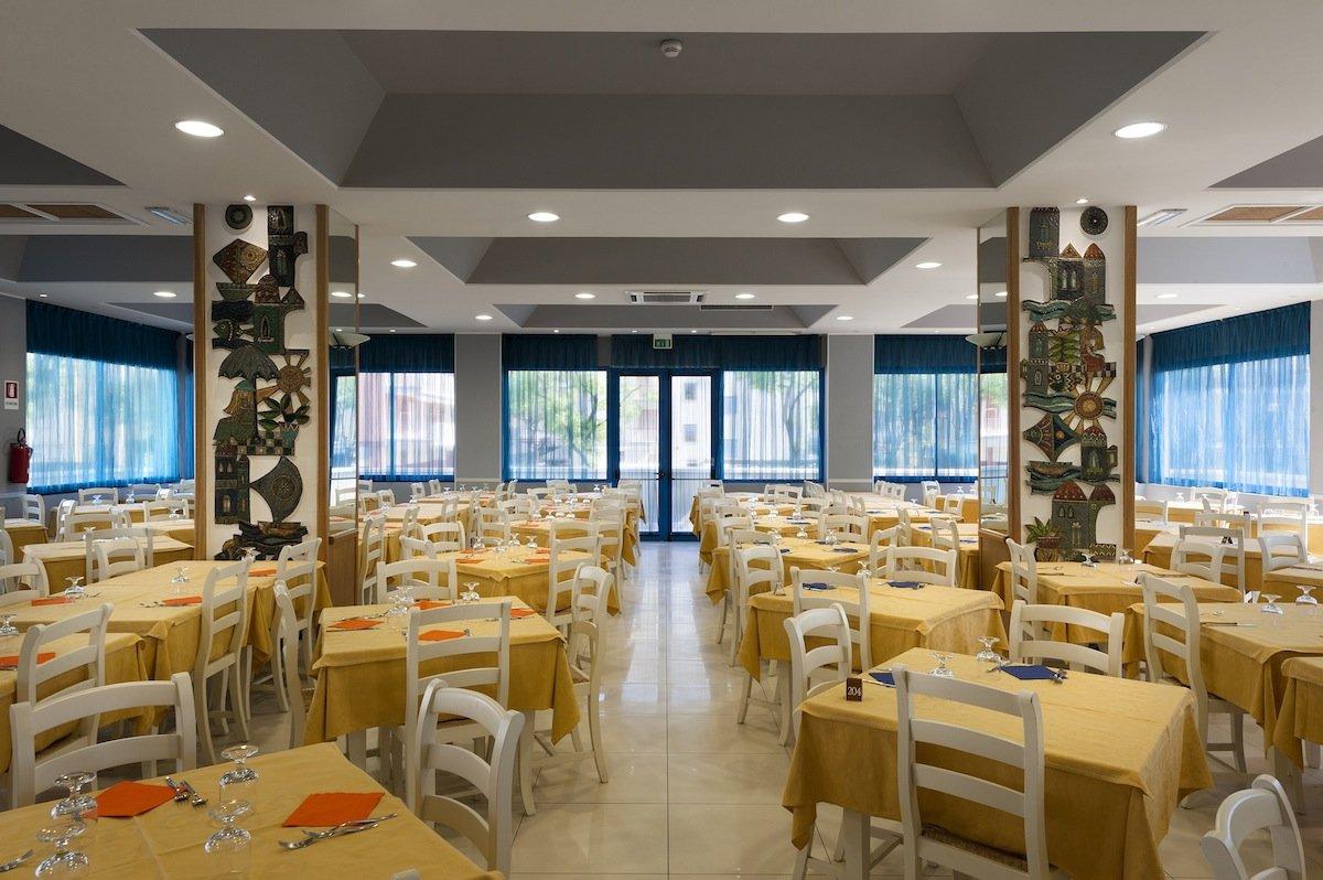 Hotel miami jesolo venedig for Designhotel jesolo